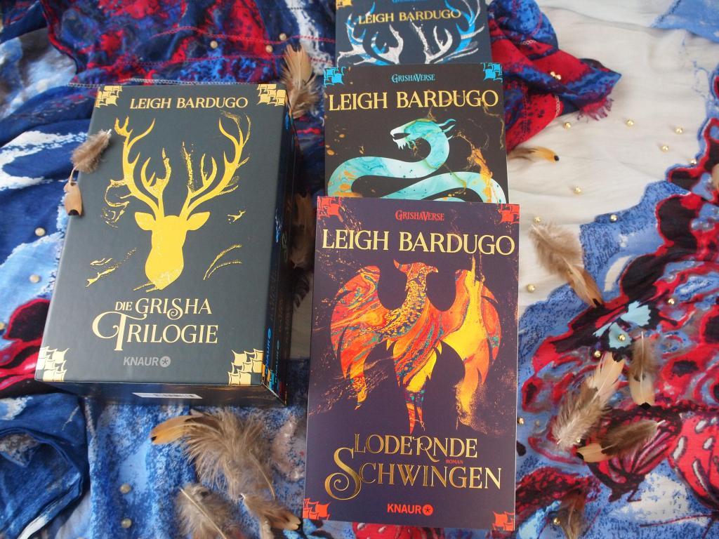 Leigh Bardugo - Grisha 03: Lodernde Schwingen