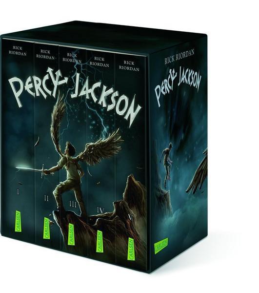 Der Percy Jackson Schuber aus dem Carlsen Verlag bringt die Bücher von Rick Riordan einmal mehr gut zur Geltung